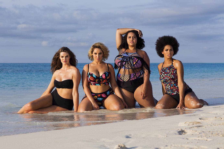 Полные девочки на пляже фото