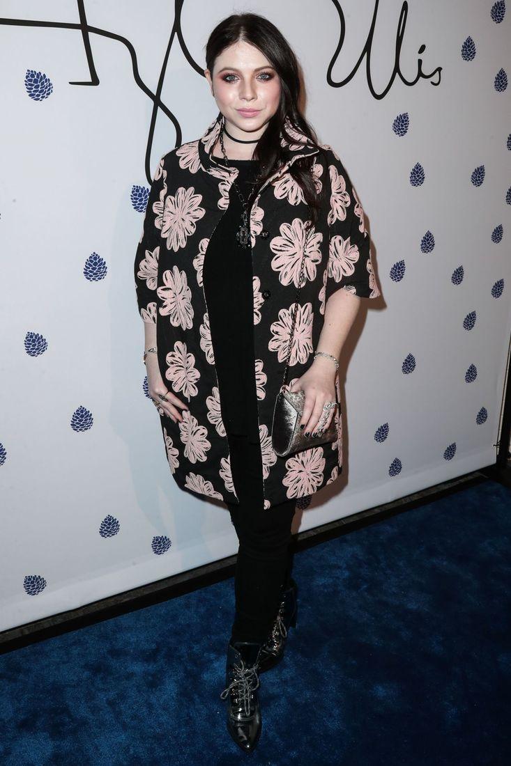 Kat Dennings Weight Gain 2011